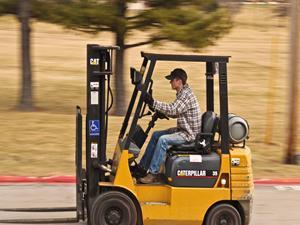 Kurs na operatora wózka widłowego