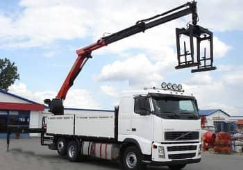 Pick-up truck cranes